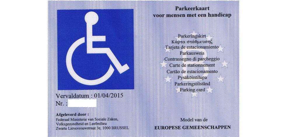 Afbeelding van de parkeerkaart voor personen met een handicap, met Internationaal Toegankelijkheidssymbool.