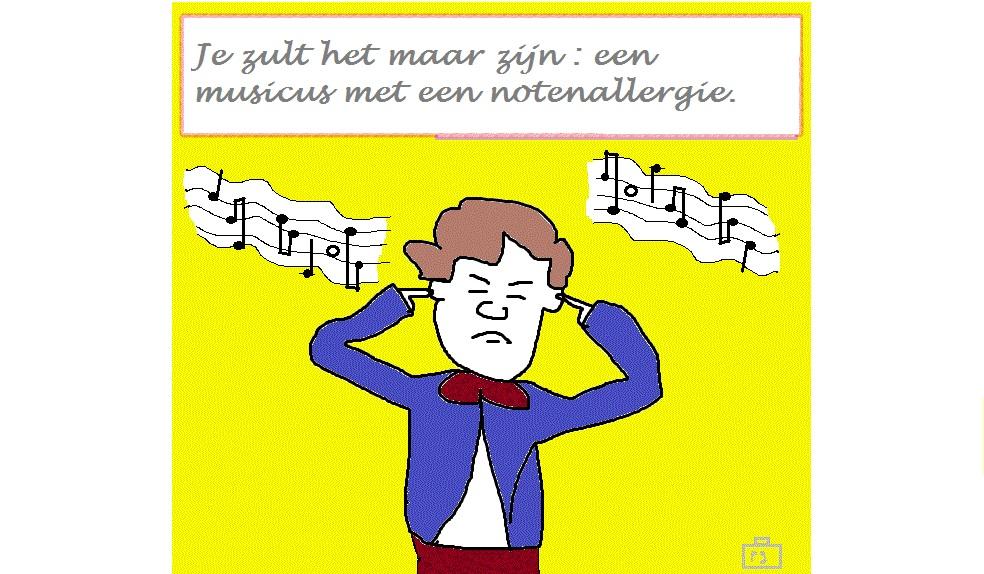 Een man die een beetje op de componist Beethoven lijkt stopt zijn oren dicht tegen de (muziek)noten.