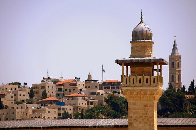 Torens van de verschillende godsdiensten die in Jerusalem samenkomen.