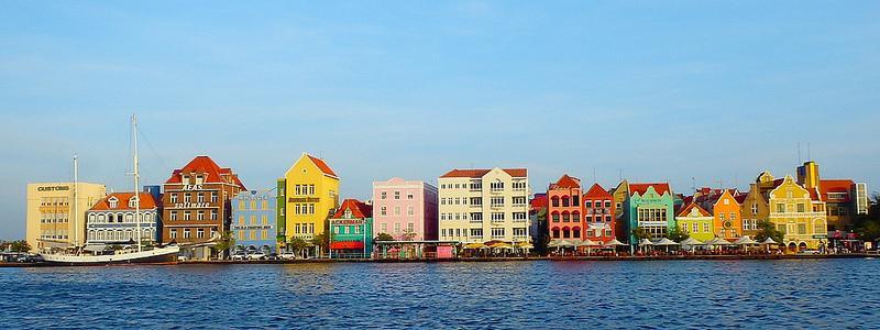 Punda Curacao (c) Kroejsanka Mediteranka by creative commons