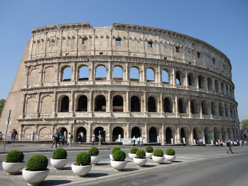 Foto van het Colosseum in Rome.