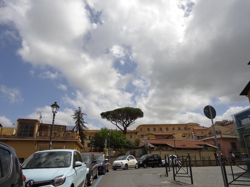 zicht op centrum van Frascati