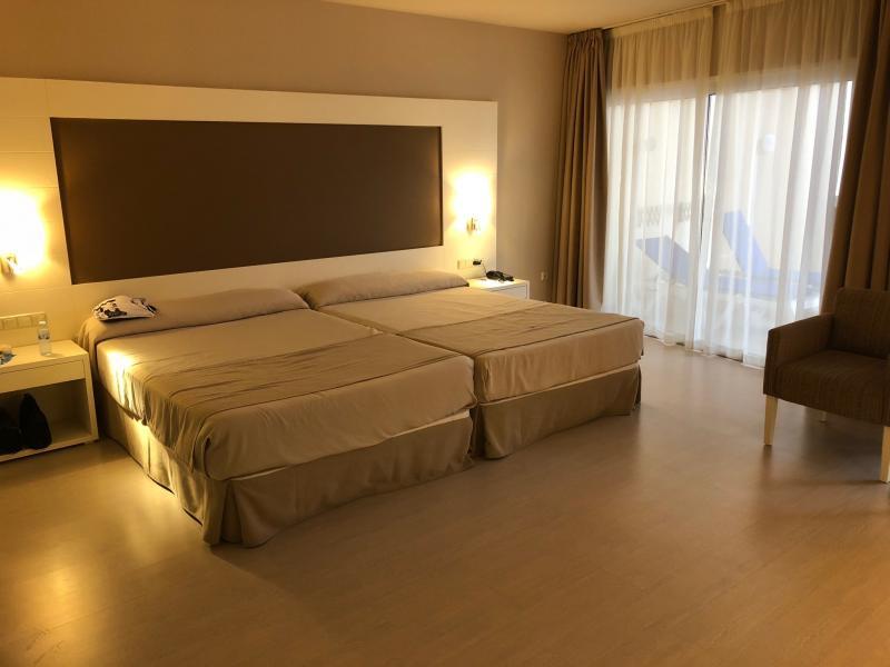 De kamer zelf met veel ruimte